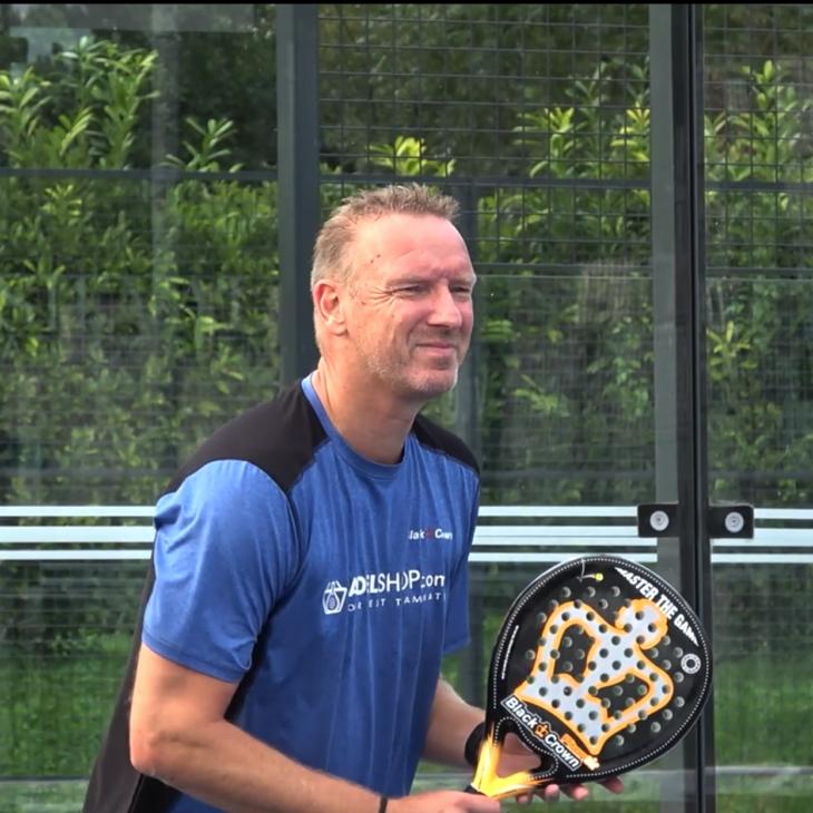 #17 – Padel enthousiasteling Eric de Lange als promotor en adviseur voor tennisverenigingen.